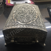 An antique solid Brass box_1