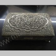 An antique solid Brass box_3