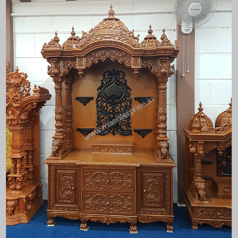 Big Swaminarayan Temple Design With Jai Swaminarayan Written On Top